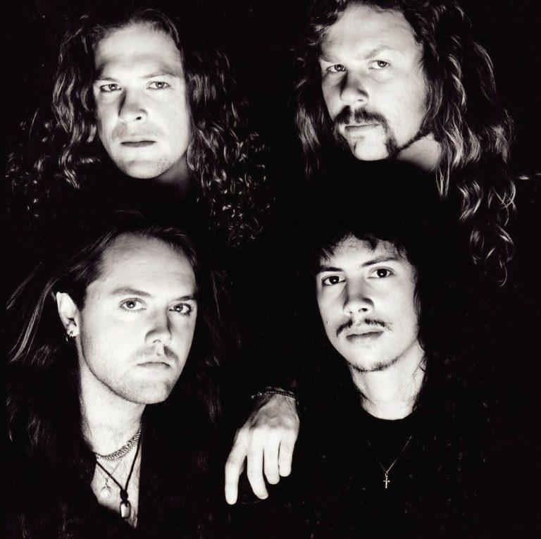 Видео Nothing Else Matters группы Metallica на YouTube набрало более миллиарда просмотров